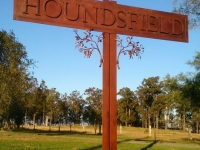 houndsfield-sign-1