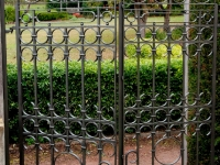muscate-gates-may-2012-9